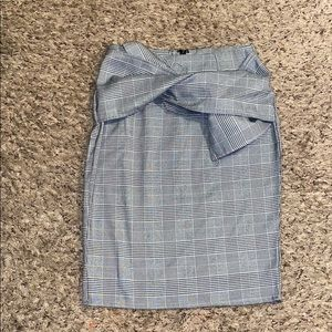 NWOT PLAID SKIRT